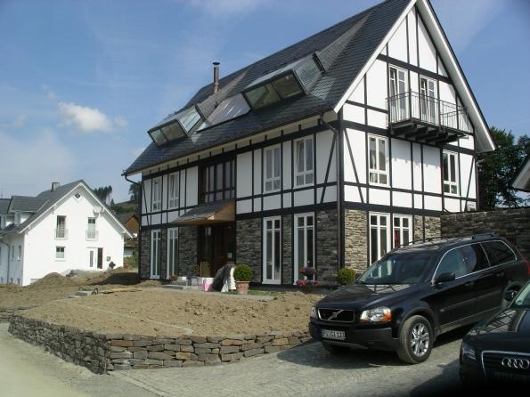 Hausbau: Objekte Holzrahmenbauweise